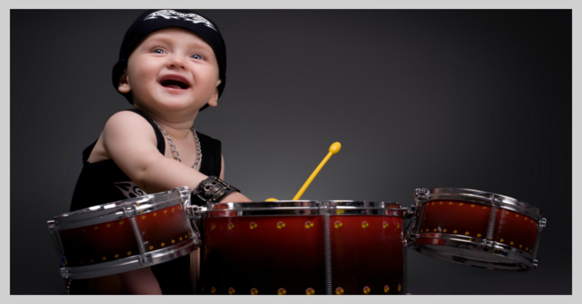 Kid-playing-drums